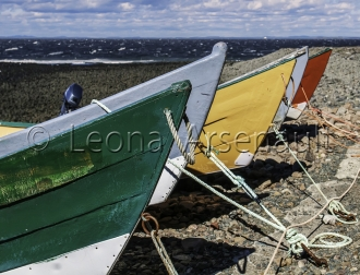 CANADA;NEW_BRUNSWICK;GRAND_MANAN;BOATS;DORYS;WATER;BEACH;HORIZONTAL;