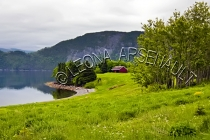 CANADA;NEWFOUNDLAND;GROS_MORNE_NATIONAL_PARK;NORRIS_POINT;WATER;FOG;CLOUDS;CABIN