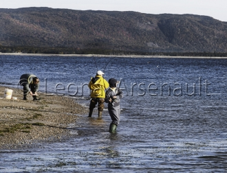 CANADA;NOVA_SCOTIA;CAPE_BRETON_ISLAND;WATER:FISHING;PEOPLE;HORIZONTAL